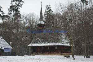 Biserică din lemn 2